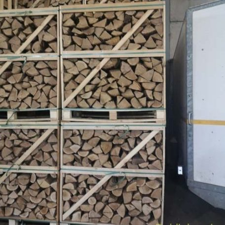 Crate of kiln dry oak logs one point five cubic meters